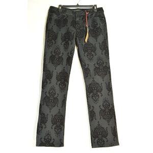 Liverpool jeans 12 NWT Sadie Straight black flocke